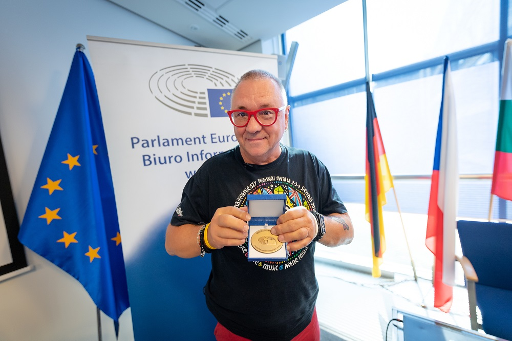 Jurek Owsiak z Europejską Nagrodą Obywatelską, fot. dariuszbres.pl