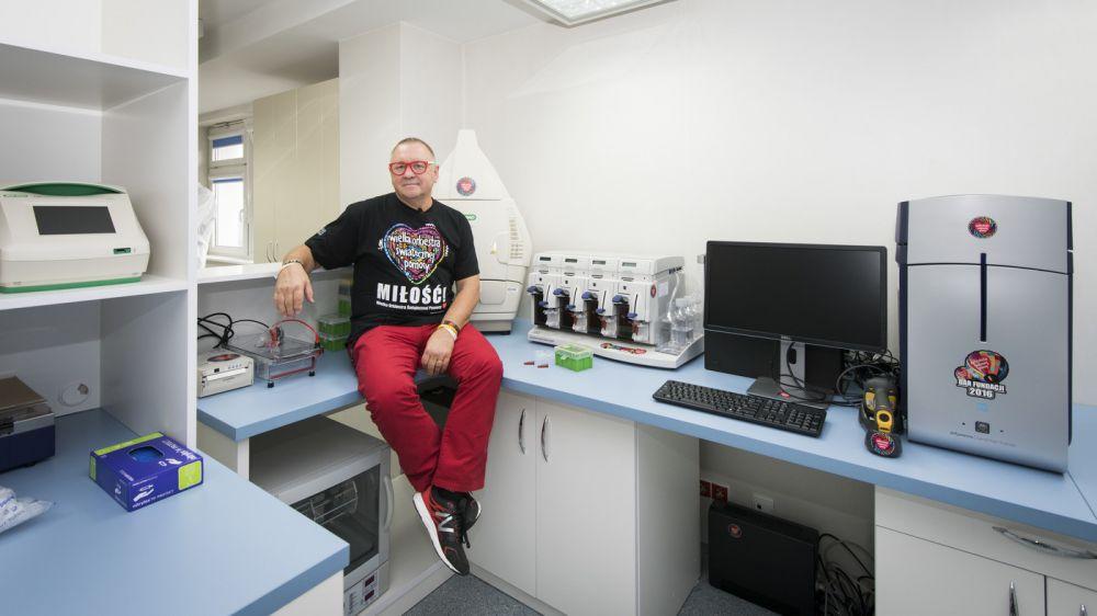 Jurek Owsiak na otwarciu ośrodka Oncolab, fot. Łukasz Widziszowski