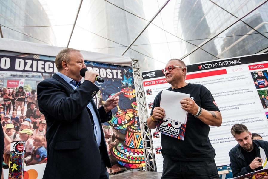 Jurek Owsiak wraz z przedstawicielem  american hereford association fot.Dominik Malik