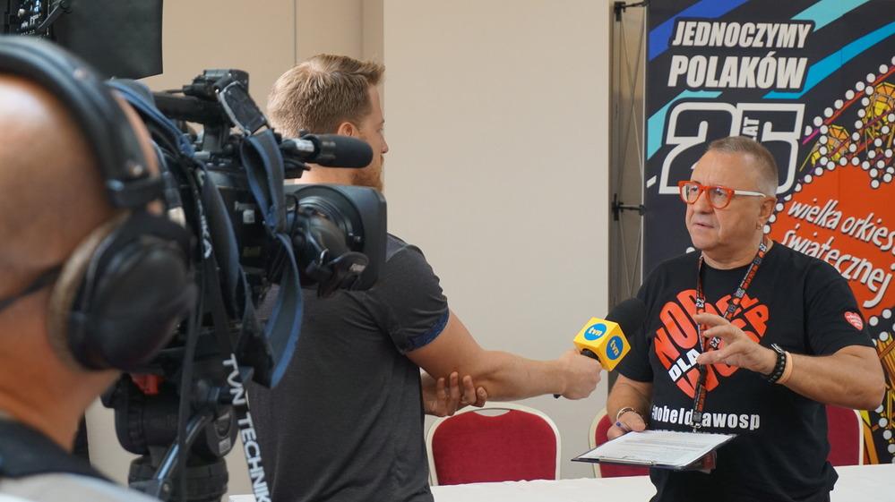 48. Konkursowi Ofert przygląda się tez stacja TVN
