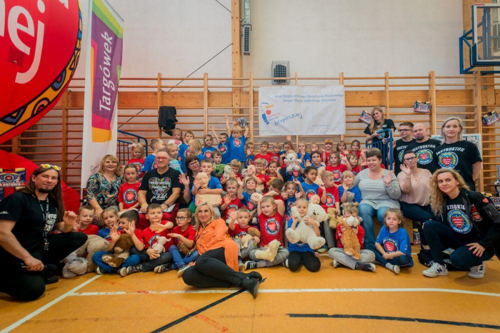 Bicie rekordu w resuscytacji w Szkole Podstawowej nr 379 w Warszawie, fot. Łukasz Widziszowski